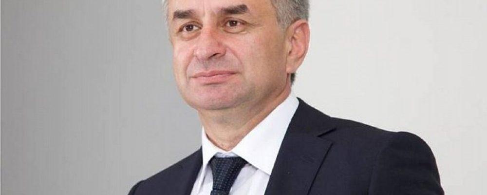 Рауль Хаджимба поздравил ветеранов и народ Абхазии с Днем Победы