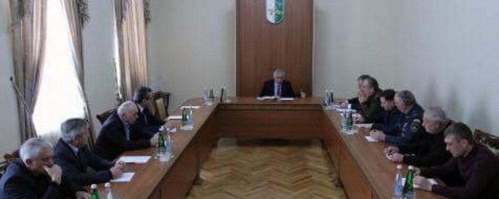 Рауль Хаджимба: все службы должны работать в усиленном режиме в течение трех последующих дней