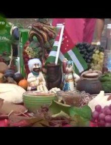В Гагрской средней школе № 4 прошел праздник осени и урожая, приуроченный ко дню Победы