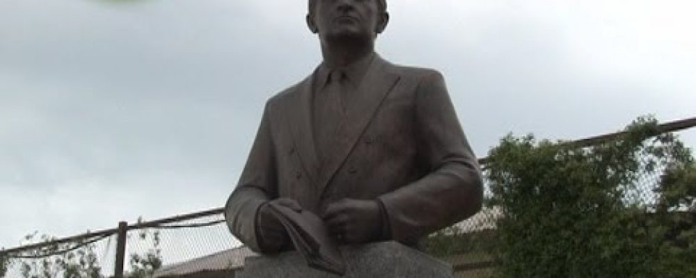 14 мая в Гагре состоялось возложение к памятнику героя Абхазии Владислава Григорьевича Ардзинба