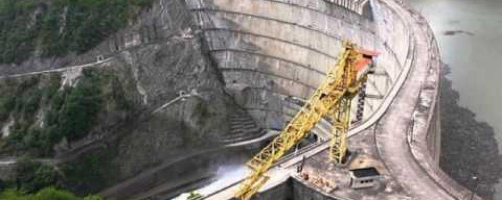 Работа крупнейшей на Кавказе Ингурской  гидроэлектростанции приостановлена